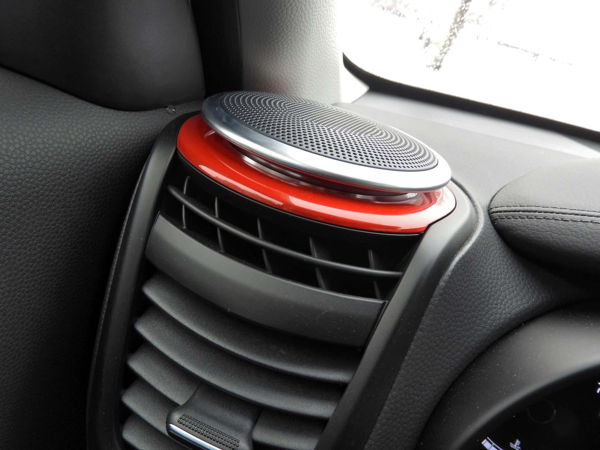 dashboard speaker