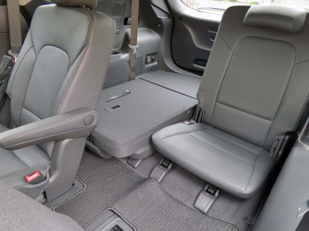 Test Drive 2017 Hyundai Santa Fe Xl Limited Awd Page 2