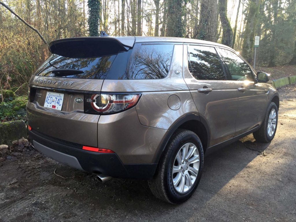 test drive 2016 land rover discovery sport se. Black Bedroom Furniture Sets. Home Design Ideas