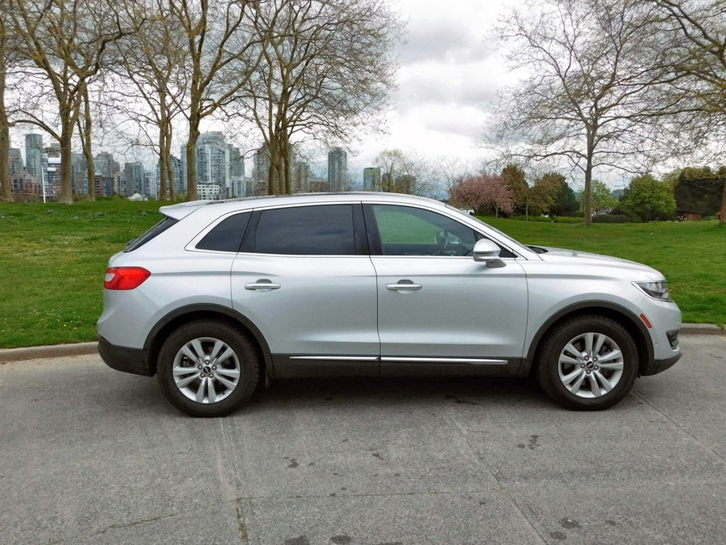 Difference lincoln mkx to ford edge autos post for Scaffidi motors stevens point wi