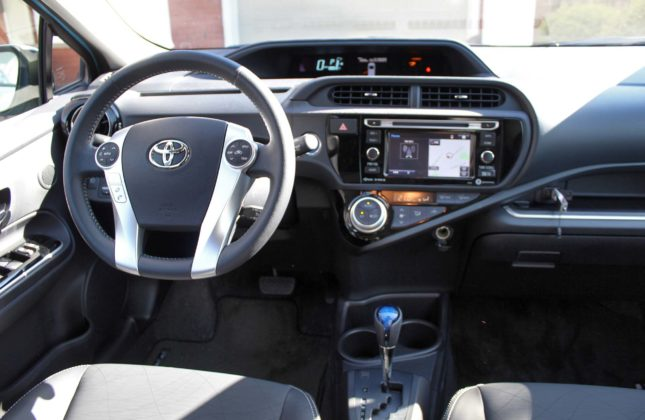 test drive 2016 toyota prius c. Black Bedroom Furniture Sets. Home Design Ideas