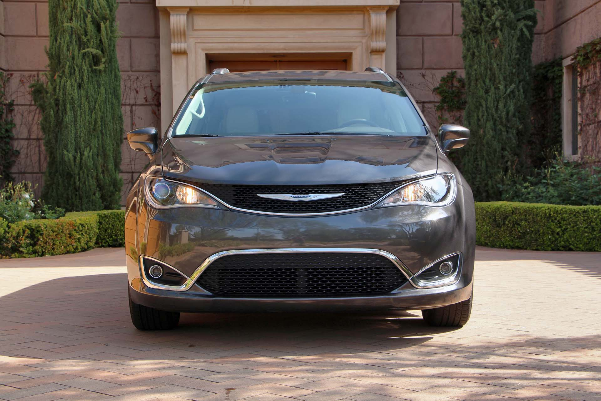 2017 chrysler pacifica 2017 chrysler pacifica