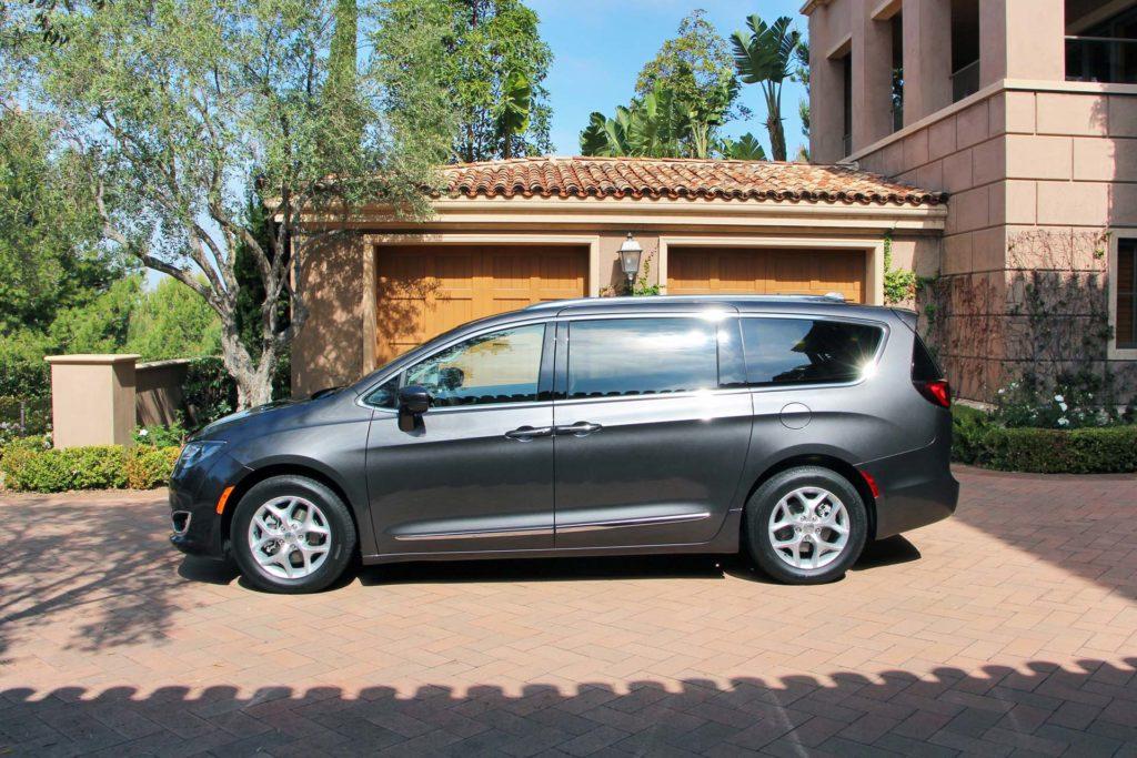 2017 Chrysler Pacifica 2017 Chrysler Pacifica