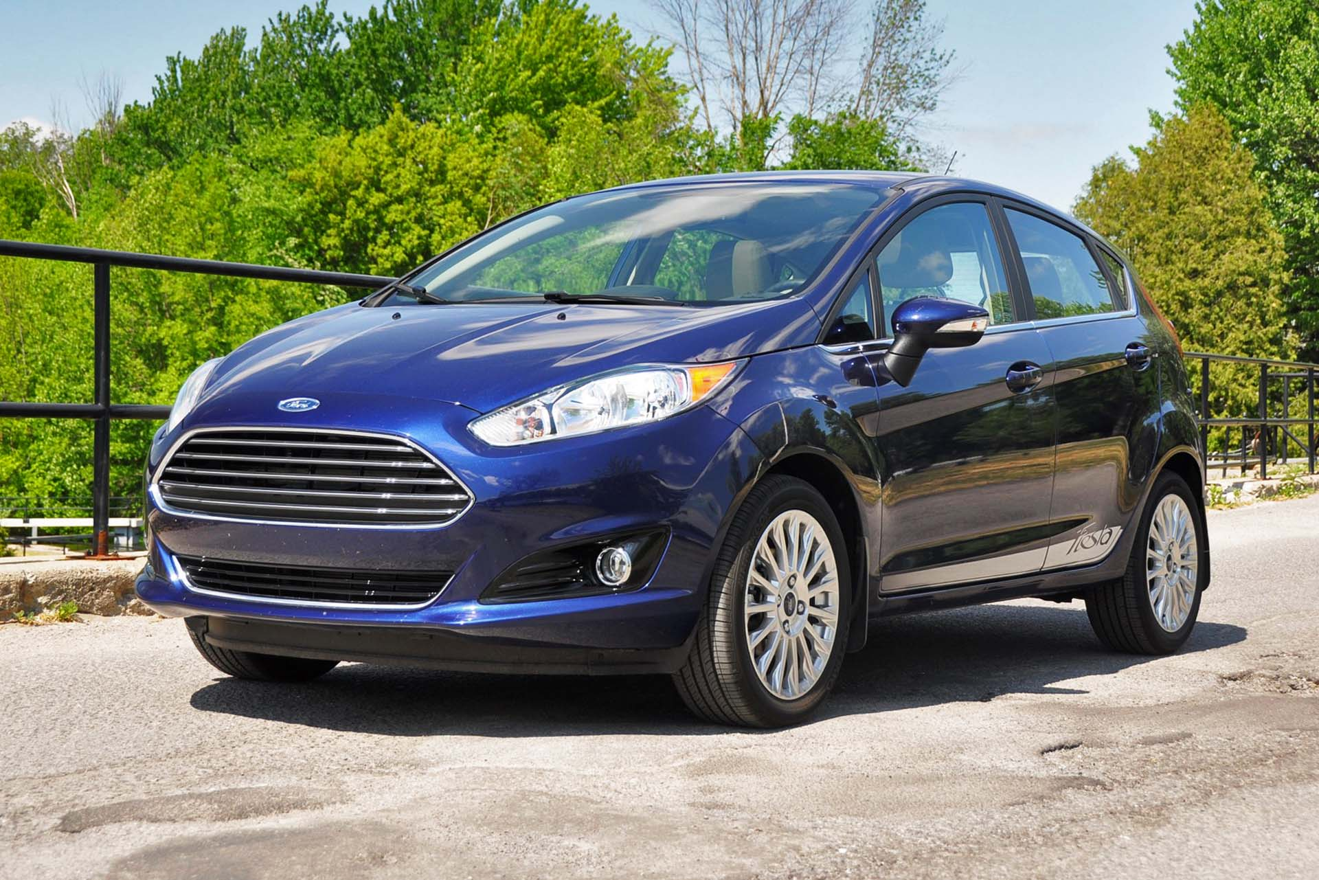 test drive 2016 ford fiesta titanium. Black Bedroom Furniture Sets. Home Design Ideas