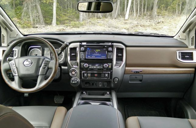 test drive 2016 nissan titan xd. Black Bedroom Furniture Sets. Home Design Ideas