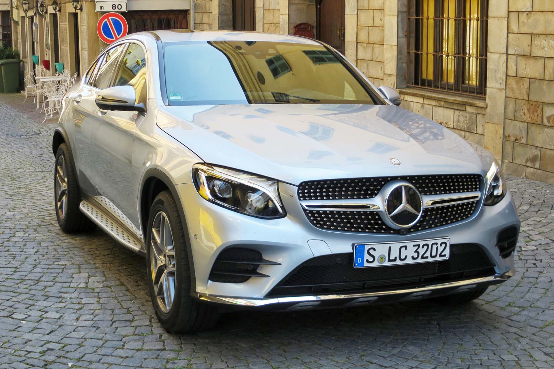 2017 mercedes benz glc 300 4matic coupe. Black Bedroom Furniture Sets. Home Design Ideas