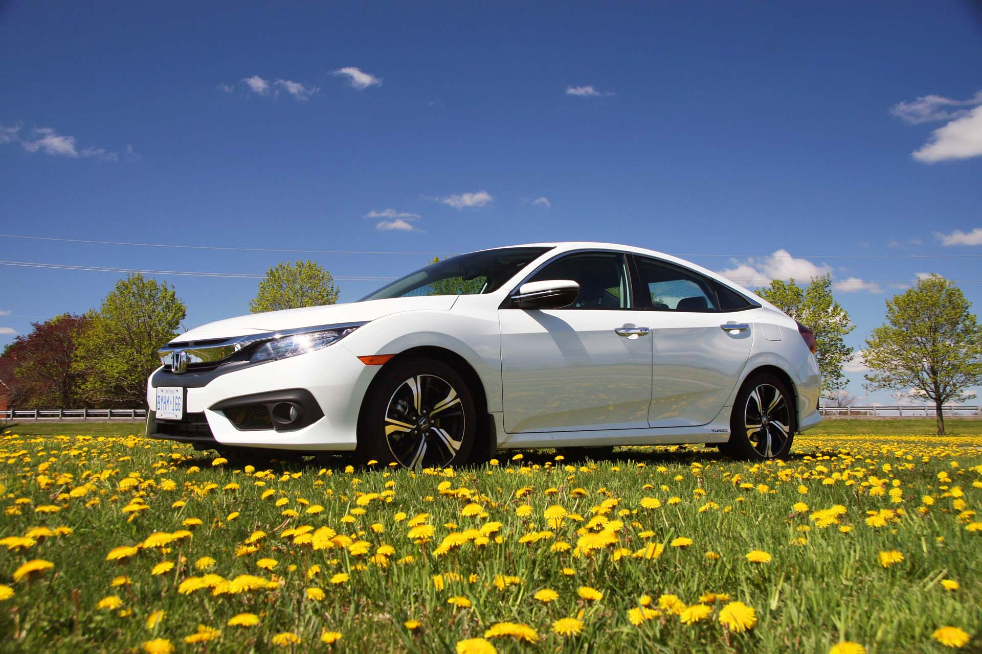 2016 Honda Civic Touring - Autos.ca