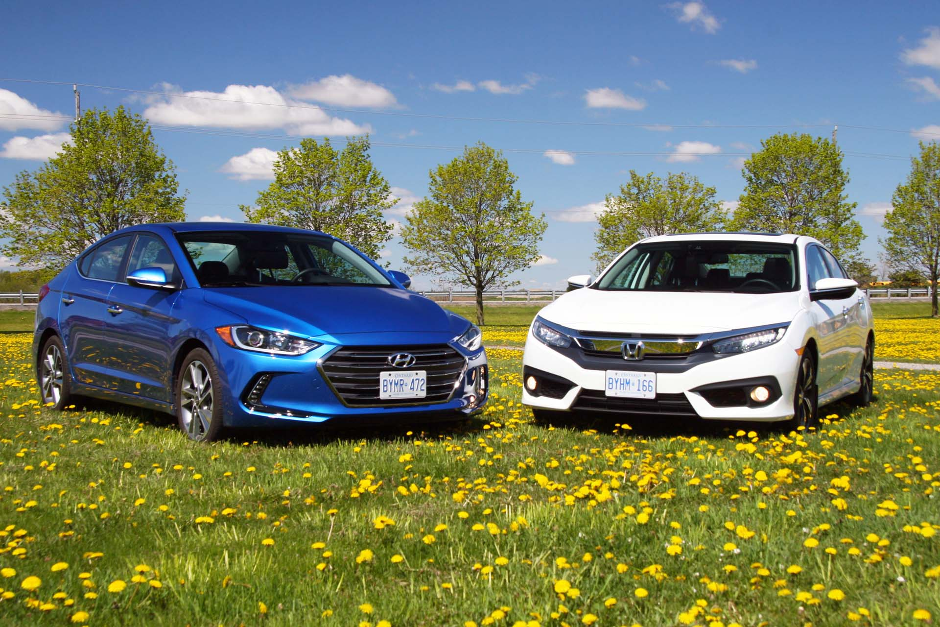 Compare the hyundai elantra vs the honda civic hyundai for Honda fit vs civic