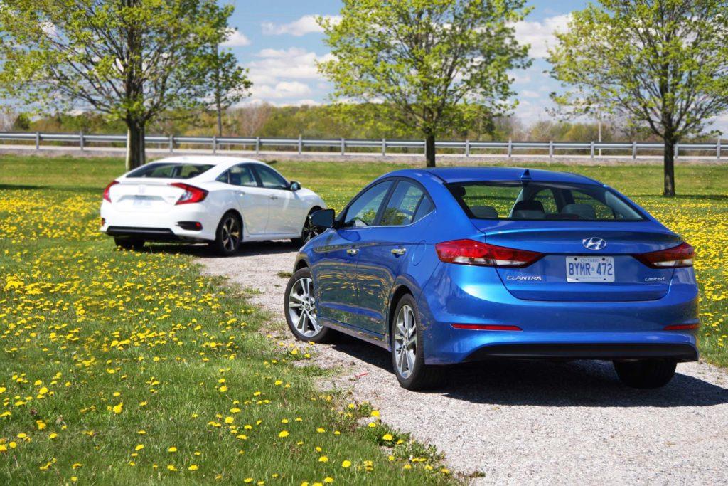 2017 Hyundai Elantra Limited >> Comparison Test: 2016 Honda Civic vs Hyundai Elantra - Autos.ca
