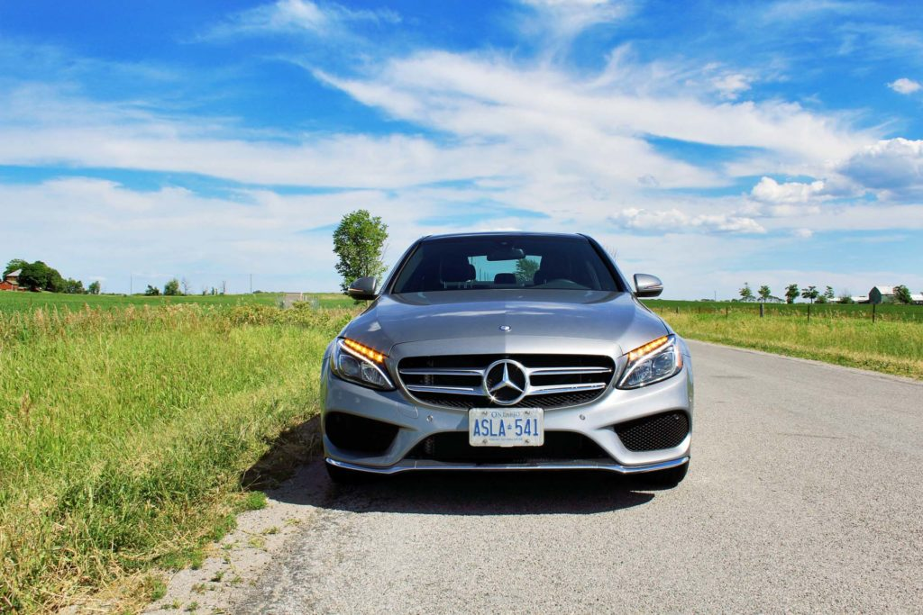 Test drive 2016 mercedes benz c 300 4matic for Mercedes benz sweatsuit