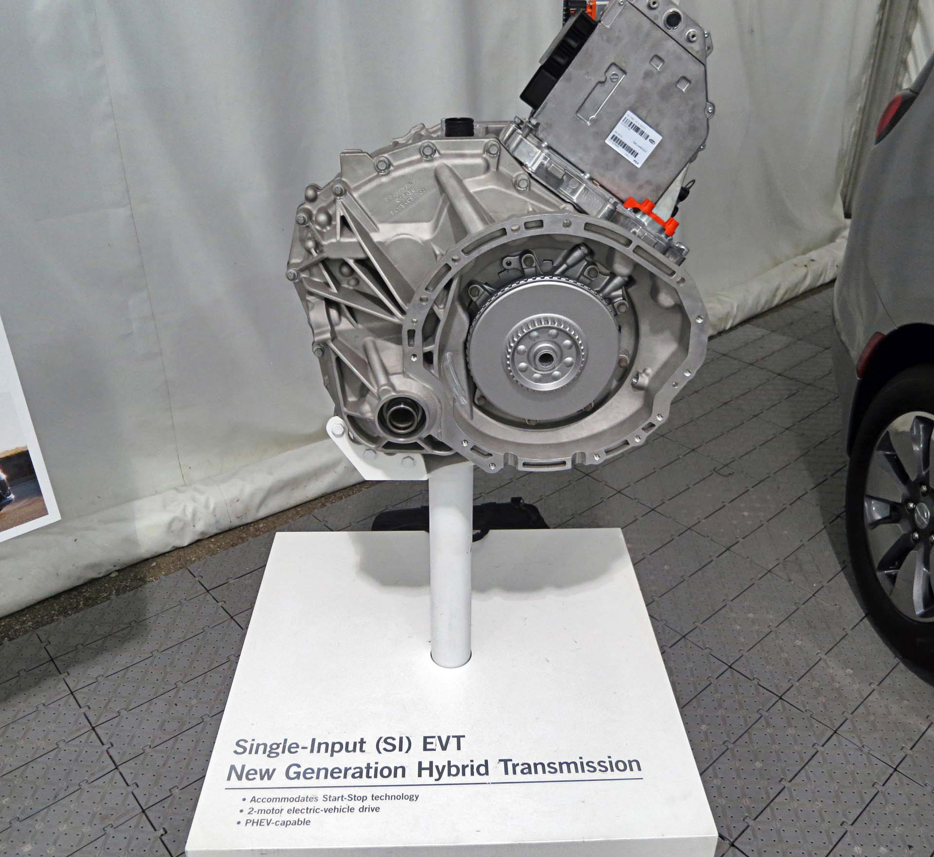 Used Lexus Is 350 >> 2017 Chrysler Pacifica Hybrid - Autos.ca