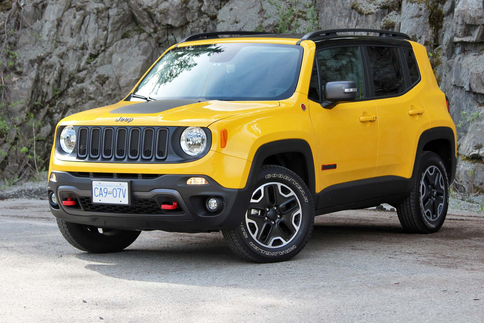 big guy small car test drive 2016 jeep renegade trailhawk. Black Bedroom Furniture Sets. Home Design Ideas