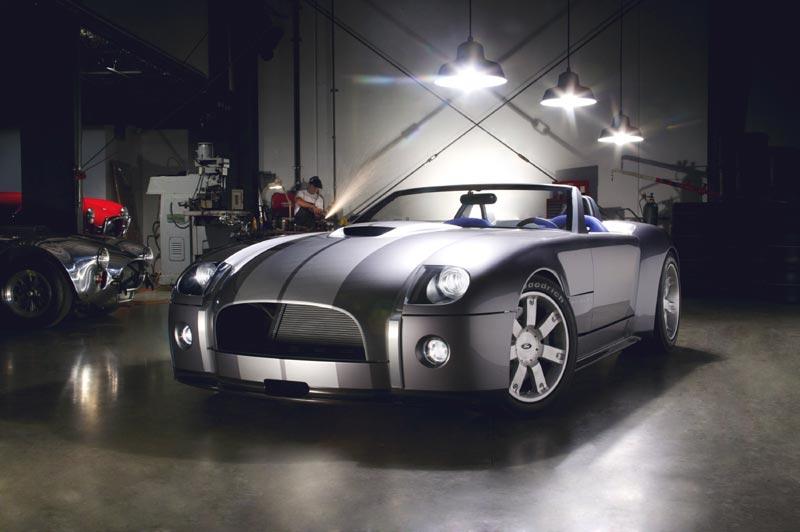 Carroll Shelby unveils New Ford Shelby Cobra concept - Autos.ca