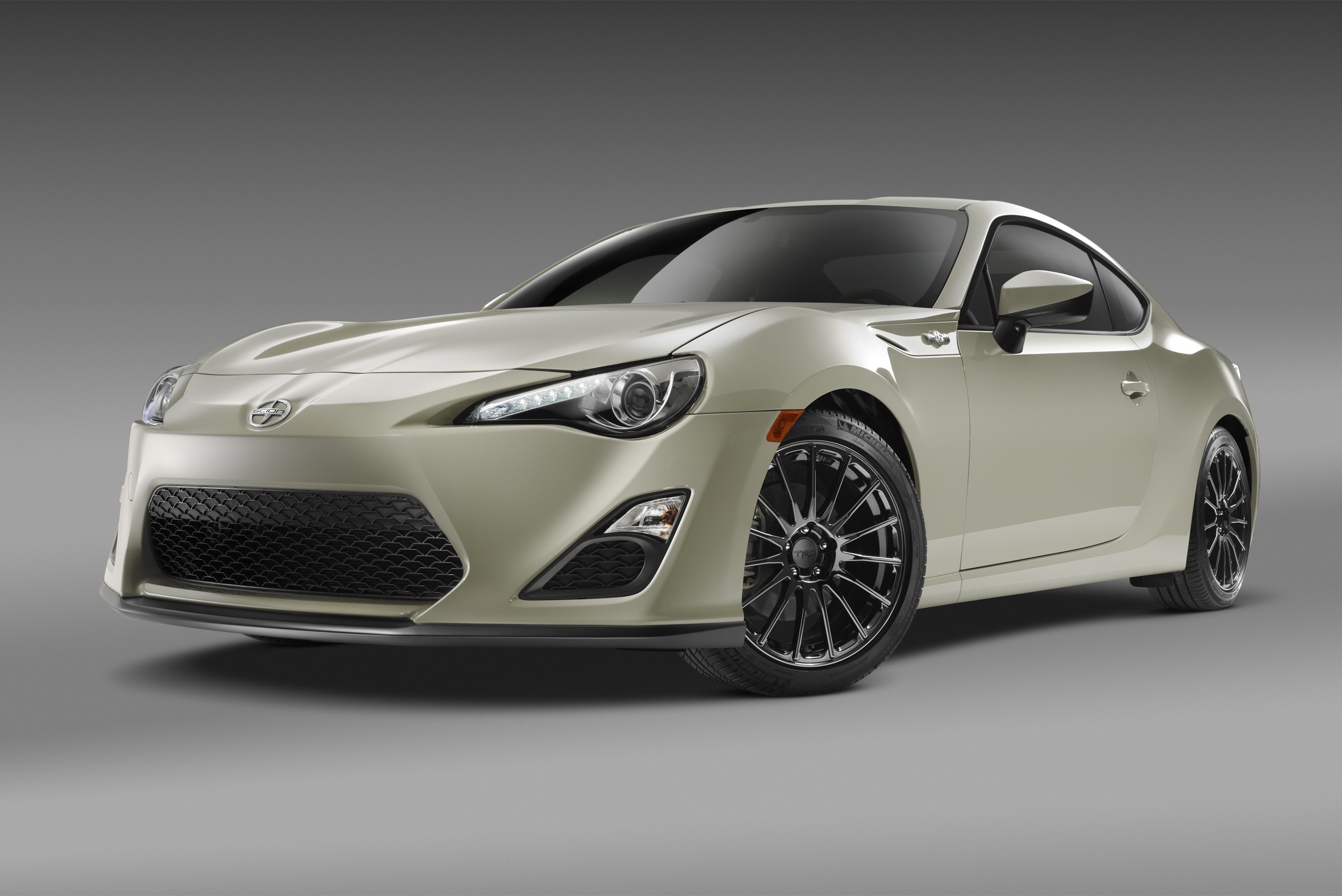 scion sexes up fr s with limited edition series 2 0 model. Black Bedroom Furniture Sets. Home Design Ideas